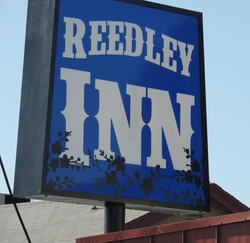 . Reedley Inn