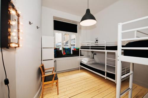 City Backpackers Hostel room photos