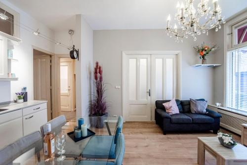 Spacious Koster Beach Apartment, close to the beach, Pension in Zandvoort