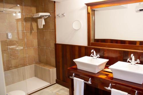 Superior Zweibettzimmer Hotel Hacienda Montenmedio 4