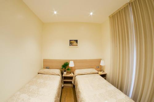 Hostal Excellence photo 46