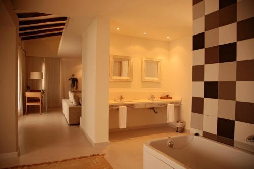 Suite Grand Aldea Roqueta Hotel Rural 5