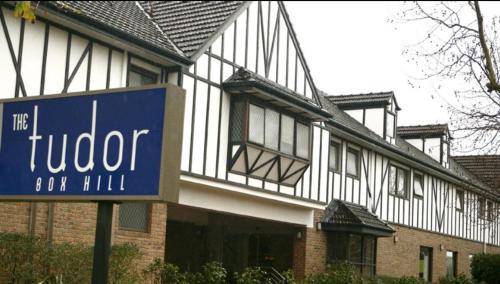 Best Western Plus The Tudor Box Hill - Hotel