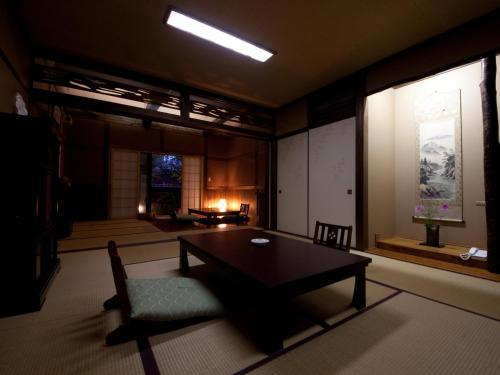 Hatago Kounokura