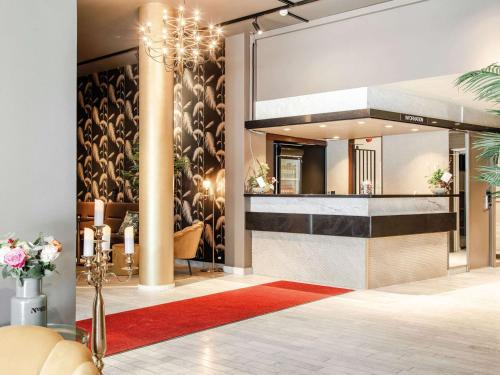 . Palm Tree Hotel, Sure Hotel Collection by Best Western