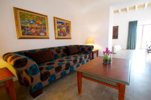 Suite Bennoc Petit Hotel 42