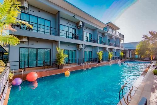 . Phuengluang Riverside Hotel Chanthaburi