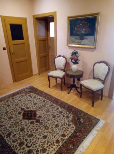 Kamil Apartments, Premium