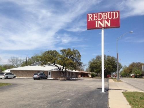 . Redbud Inn
