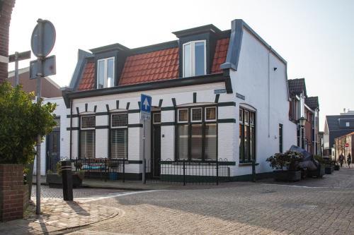 . Oosterhouse