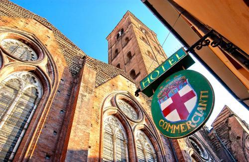 Via de Pignattari 11, 40124 Bologna, Italy.