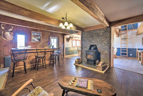 Country Escape with Sauna, 10 Mi to Cooperstown - Richfield Springs