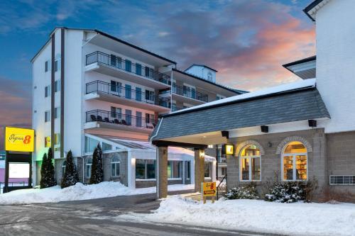 Grand Memories Hotel & Suites
