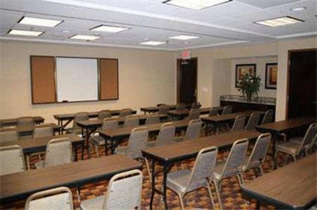 Hampton Inn & Suites Bakersfield/Hwy 58 - Bakersfield, CA 93307