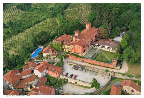 . Castello Rosso