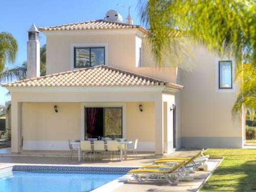 Casa Serrao with 4 bedrooms sleeps 8
