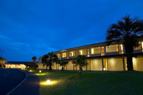卡馬庫拉王子酒店