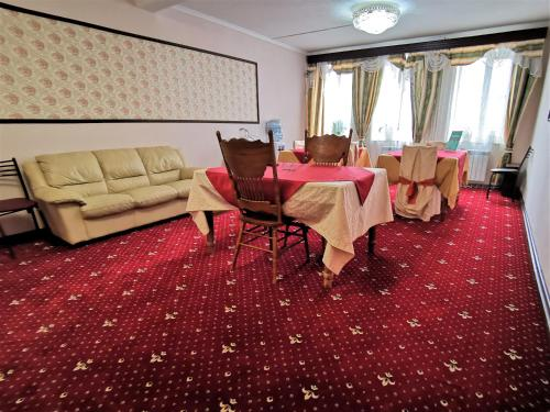 . Hotel Nikolskaia
