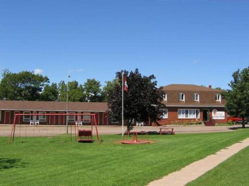 Summerside Motel And Cottages