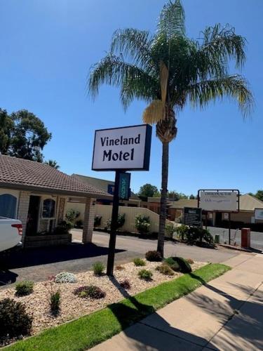 . Vineland Motel Mildura