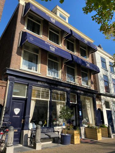 Bridges House Delft, Pension in Delft