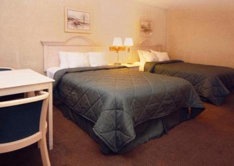 Days Inn By Wyndham Gilroy - Gilroy, CA 95020