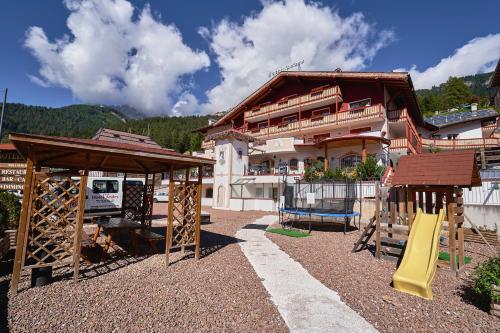 Hotel Andes Family & Wellness - Campitello di Fassa