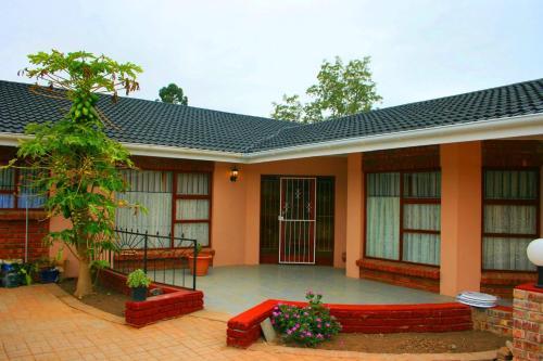Reheifo Lodge (B&B)
