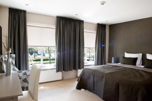 . Hotel-Restaurant Thuis!