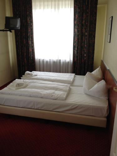 Domo Hotel Mondial photo 12