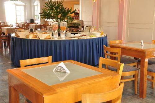Фото отеля Julio Cesar Hotel