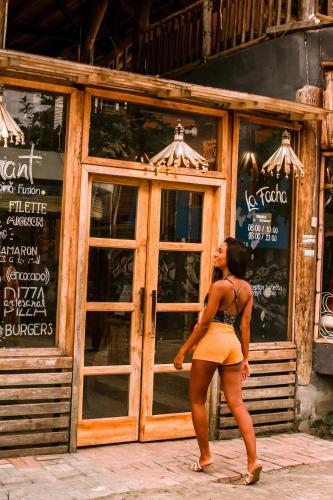 . La Facha Hostal Restaurant Surf