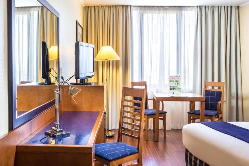 Holiday Inn Lisbon, an IHG Hotel - image 3