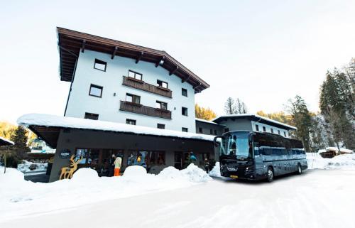 Contiki Haus Schöneck - Accommodation - Hopfgarten im Brixental