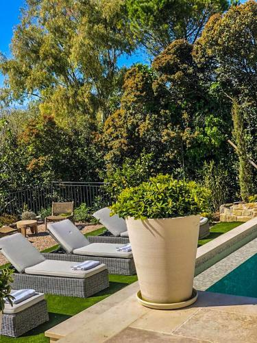 . Mougins Luxury Retreats