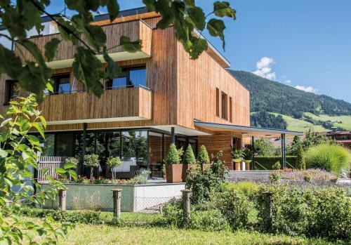 Pension Guggenberger - Accommodation - Sillian