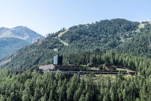 . Gradonna Mountain Resort Chalets & Hotel