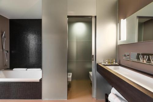 Suite Royal Deluxe Eurostars Valbusenda Hotel Bodega & Spa 1