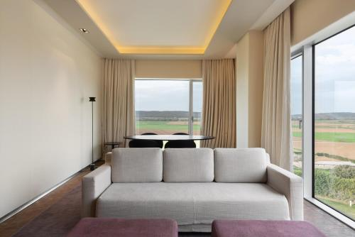 Suite Royal Deluxe Eurostars Valbusenda Hotel Bodega & Spa 4