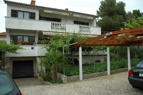 . Apartments Jurina 2