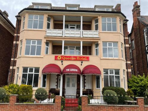 Queens Hotel, Skegness - Photo 1 of 42