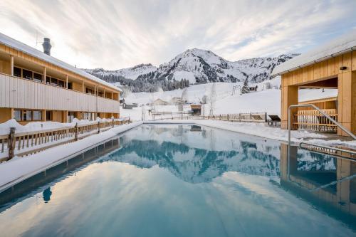 Fuchsegg Eco Lodge - Hotel - Egg