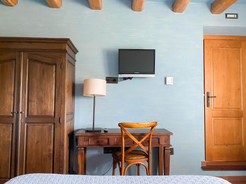 Double Room with Spa Bath Mas Trobat 14