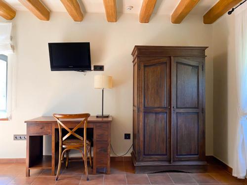 Double Room with Spa Bath Mas Trobat 23