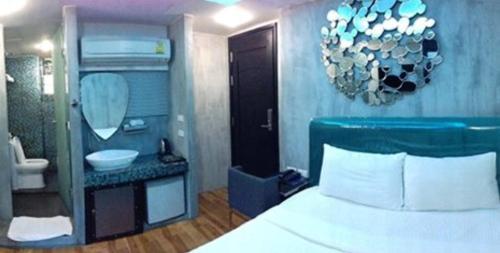 Blutique Hotel photo 9