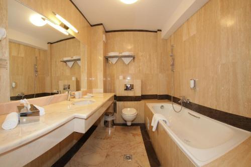Hotel Cumpatu - Sinaia