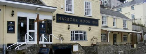 The Harbour Moon