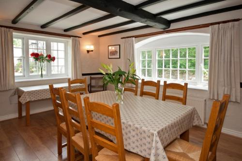 Tros Yr Afon Holiday Cottages and Manor House - Photo 3 of 82