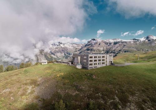 Crans-Montana Hotels