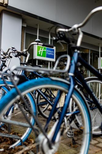 Holiday Inn Express Gent, an IHG , Pension in Gent bei Schelderode